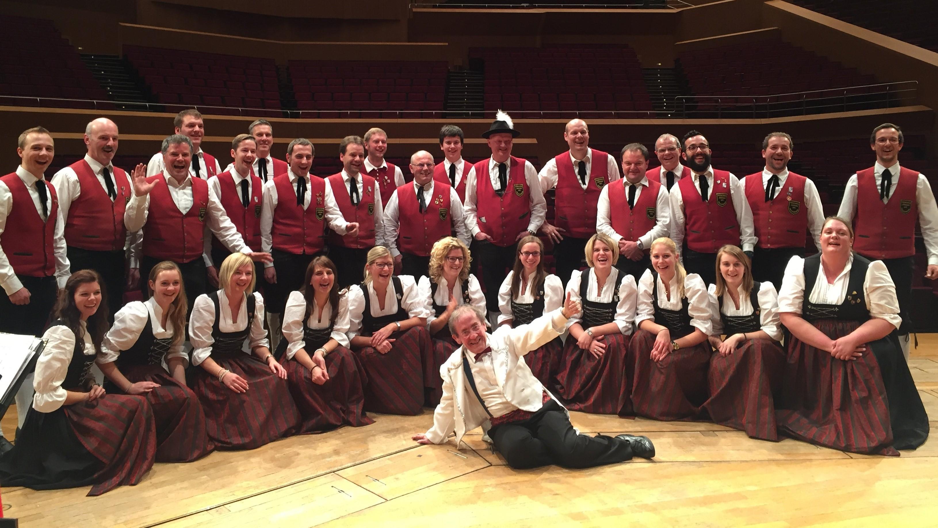 Gasteig 2016 – Mit Bob Ross, dem Dirigenten von Blechschaden