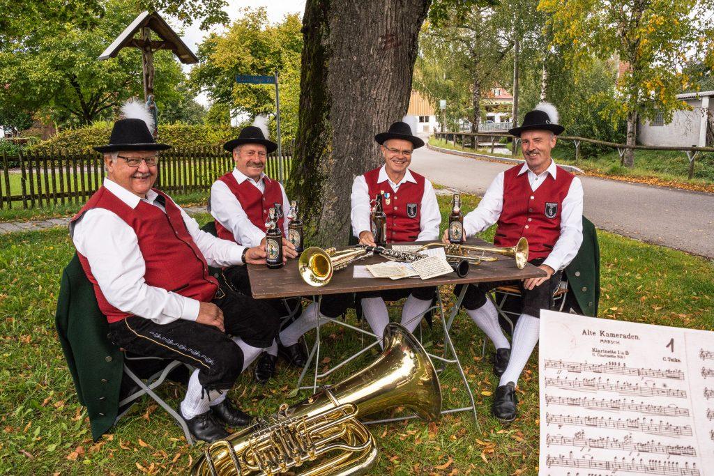 Ehrenmusikanten Ehrenmitglieder Harmonie Frechenrieden